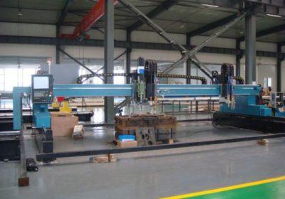 CNC vertikāla plazmas liesmas griešanas mašīna dzelzs metāla loksnēm