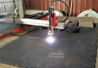 Ekonomiskais HIWIN dzelzceļa JX-2030 portāls CNC plazmas griešanas mašīna